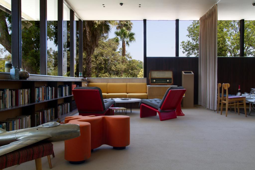 neutra-vdl-studio-and-residences-interior-los-angeles-architecture-the-art-of-travel
