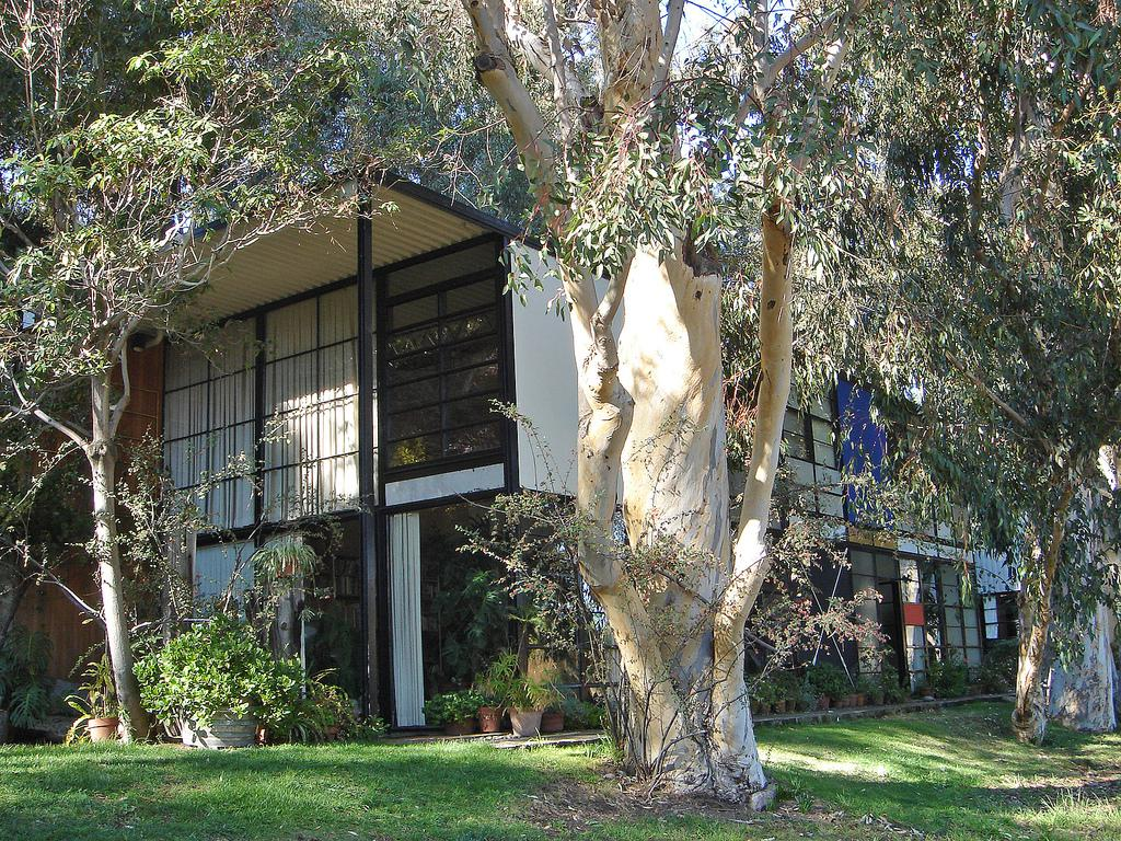 the-eames-house-los-angeles-architecture-the-art-of-travel
