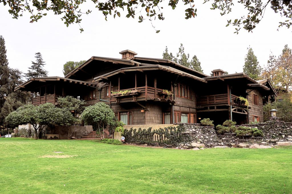 the-gamble-house-exterior-los-angeles-architecture-the-art-of-travel