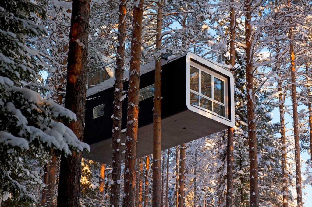 tree-hotel-sweden-amazing-hotels-the-art-of-travel