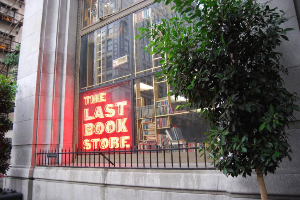 City Guide Downtown Los Angeles The Art of Travel The Last Bookstore 1