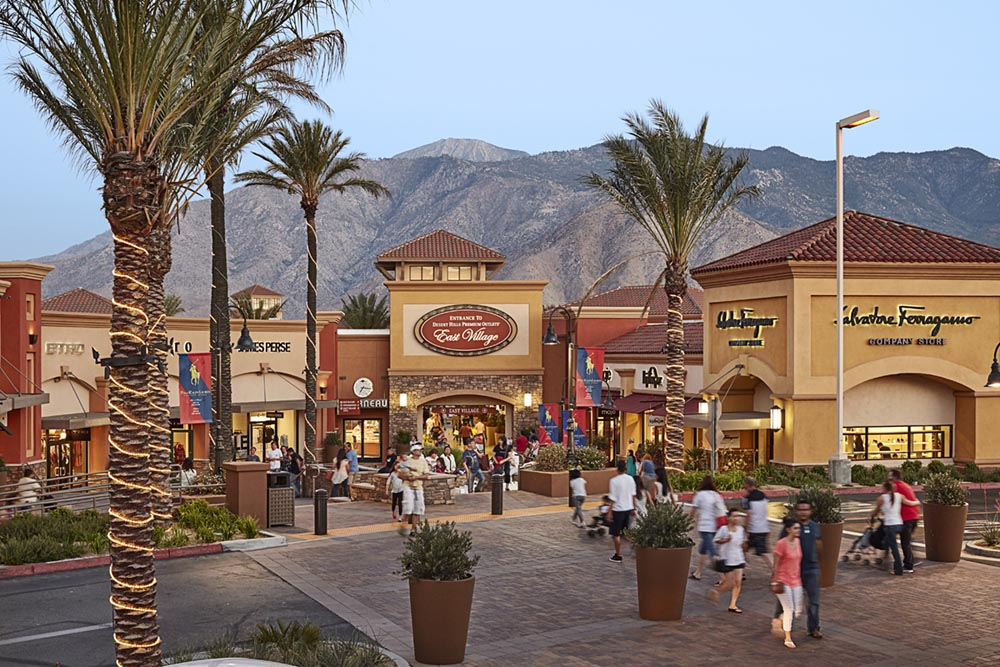 Palm Springs City Guide The Art of Travel Desert Hills Premium Outlet