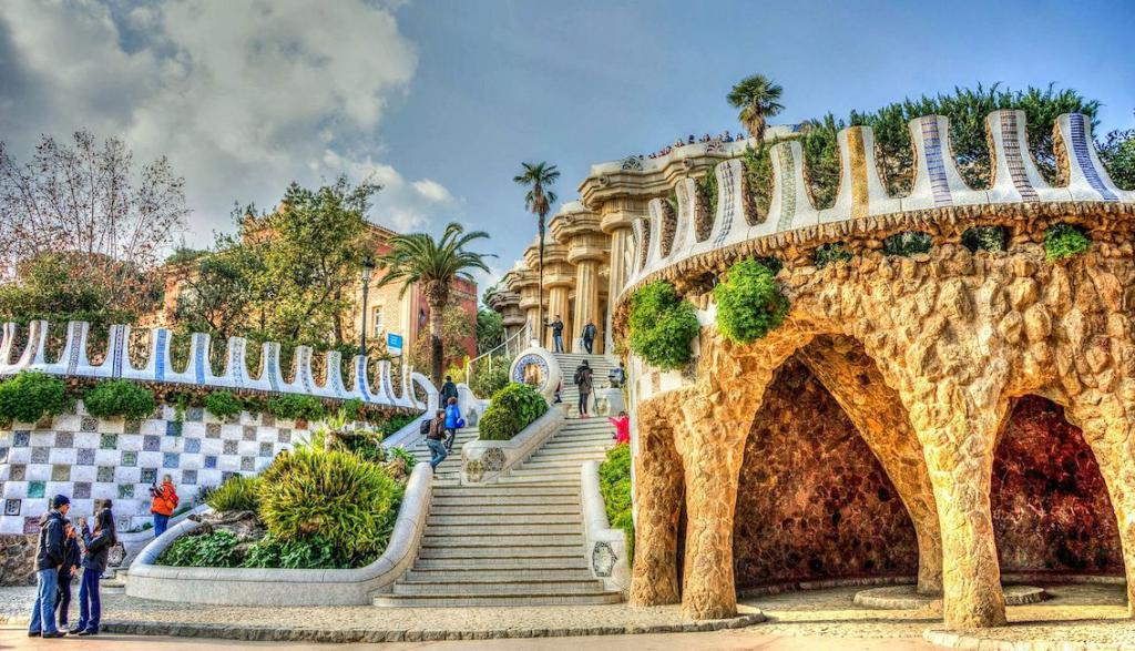 Insiders City Guide Barcelona The Art of Travel Park Guell
