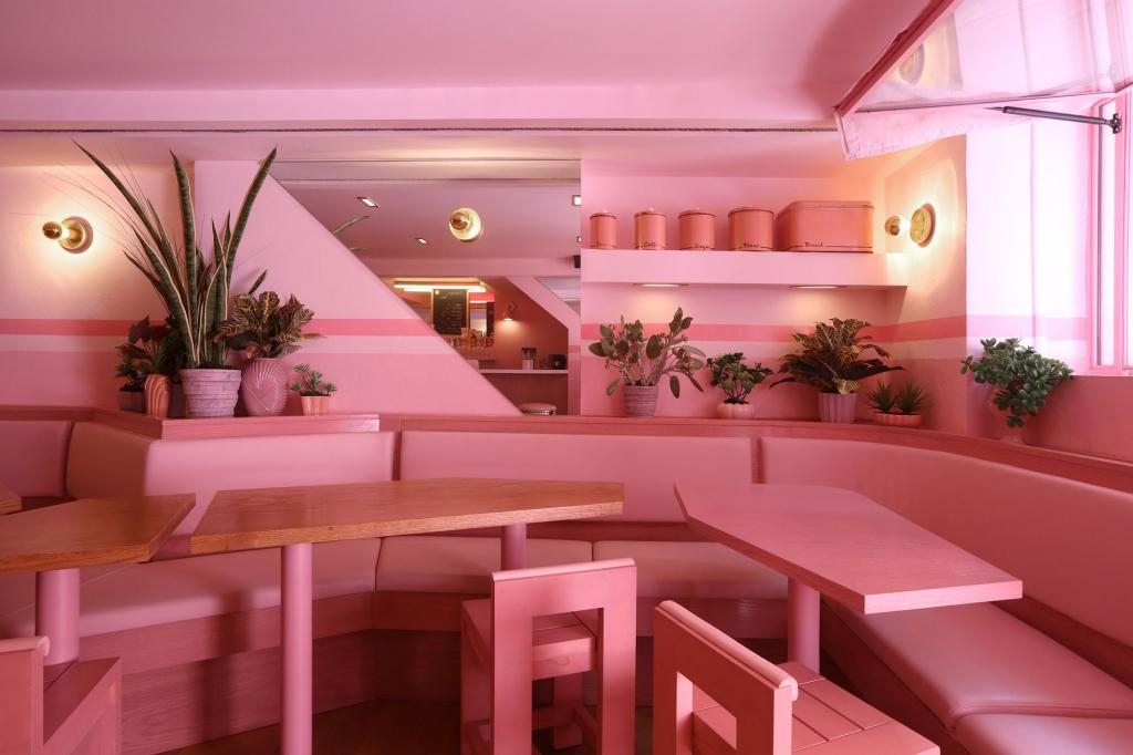 Pink Destinations The Art of Travel Pietro Nolita restaurant
