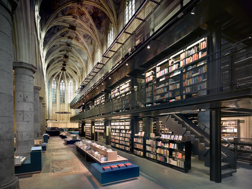 Five bookstores to travel for The Art of Travel Dominicanen Selexyz Boekhandel Maastricht