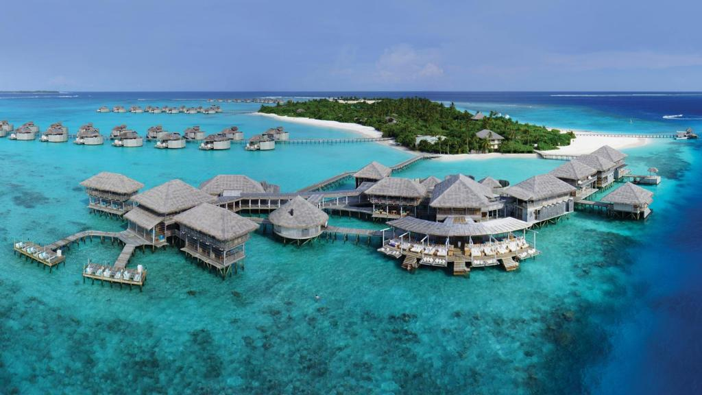 Travel Bucket List The Art of Travel Six Senses Laamu Maldives