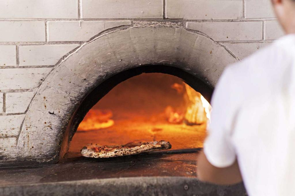 Five restaurants in Rome The Art of Travel Gusto Pizzeria Oven Pizza
