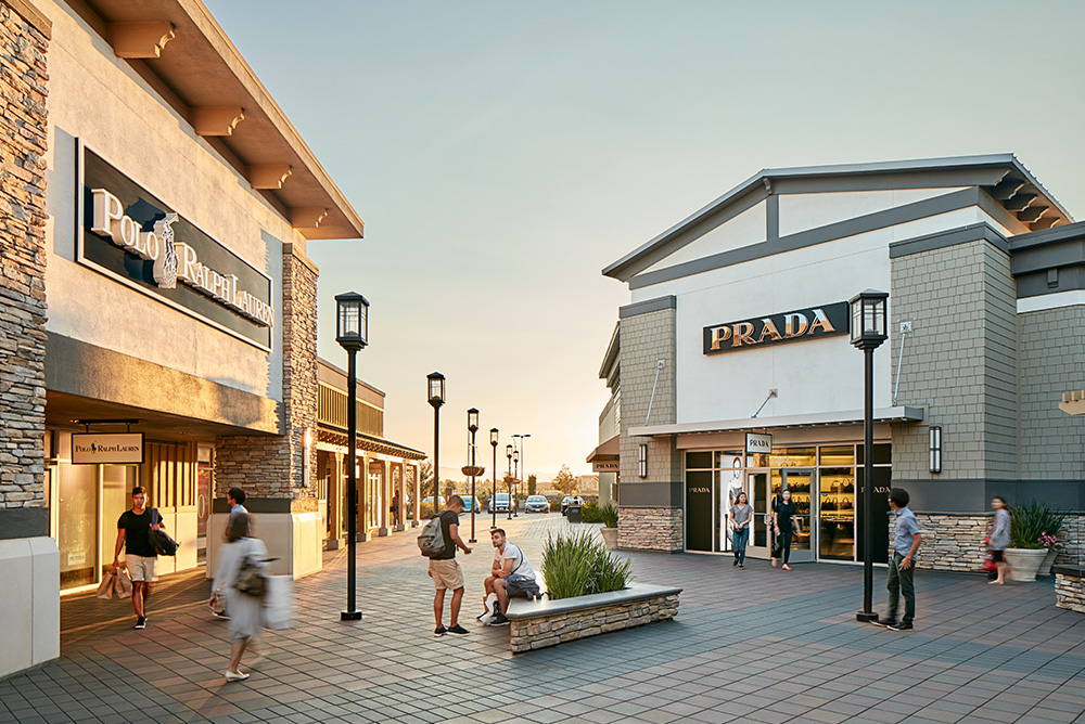 Nine Outlet Malls Around the World The Art of Travel San Francisco Premium Outlets
