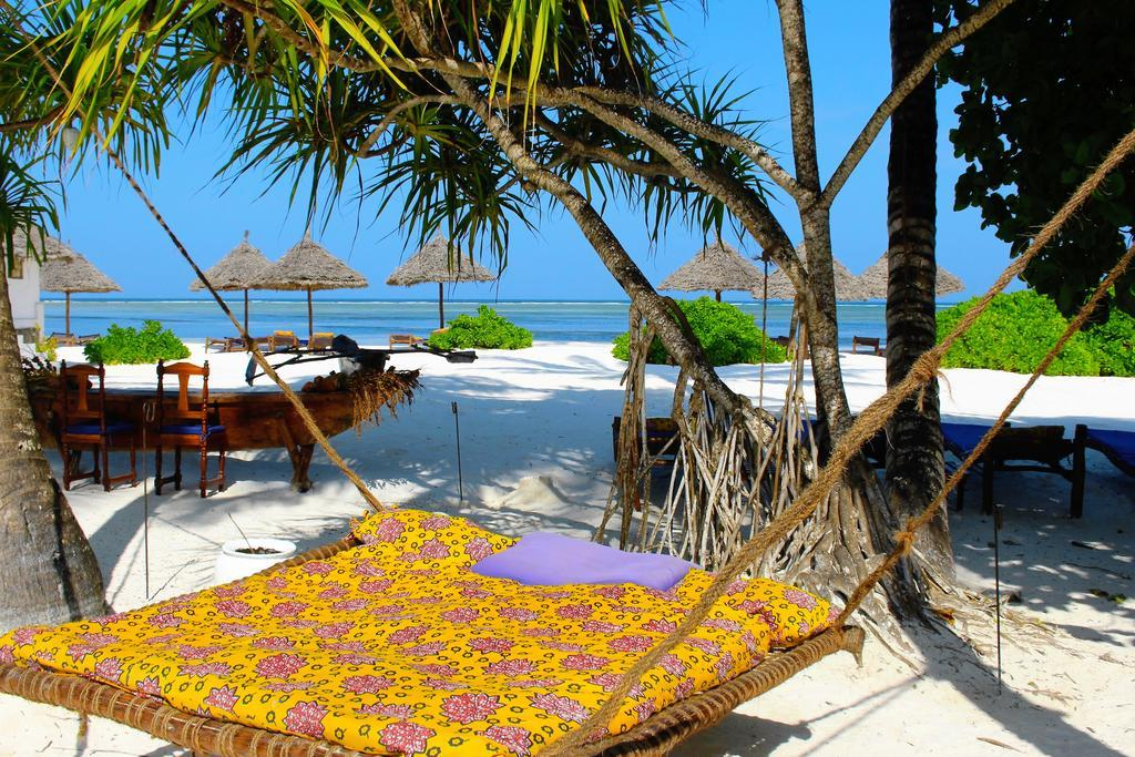 World Traveller Ahlem Manai Platt The Art of Travel Mchanga Beach Resort Zanzibar
