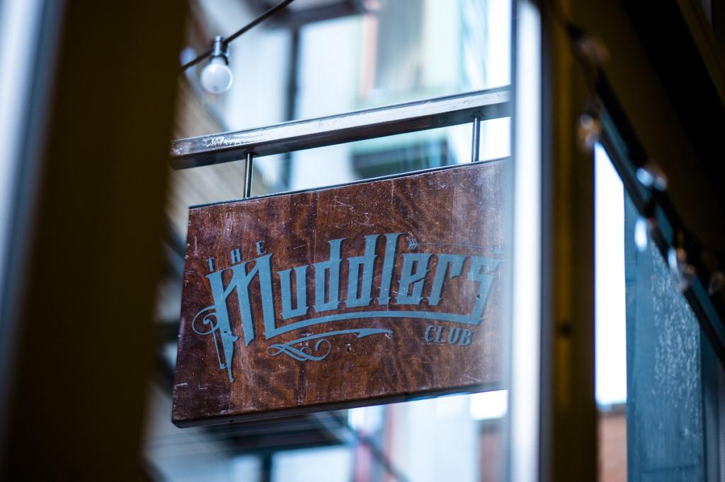 24 hours in Belfast The Art of Travel The Muddler's Club Restaurant sign