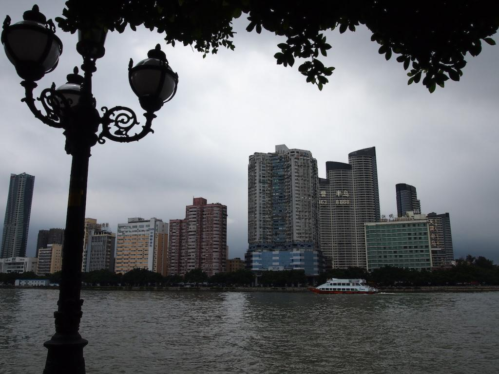 Guangzhou City Guide The Art of Travel Pearl River Shamian Island view