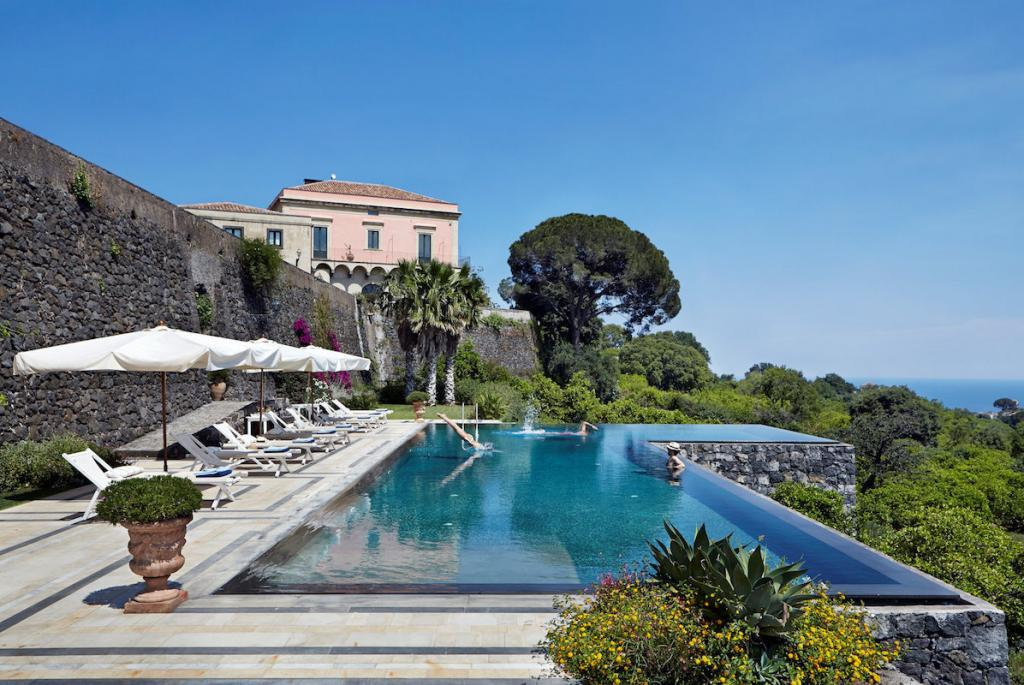 How to live it up in the former vineyard, Rocca delle Tre Contrade, in Sicily The Art of Travel pool villa