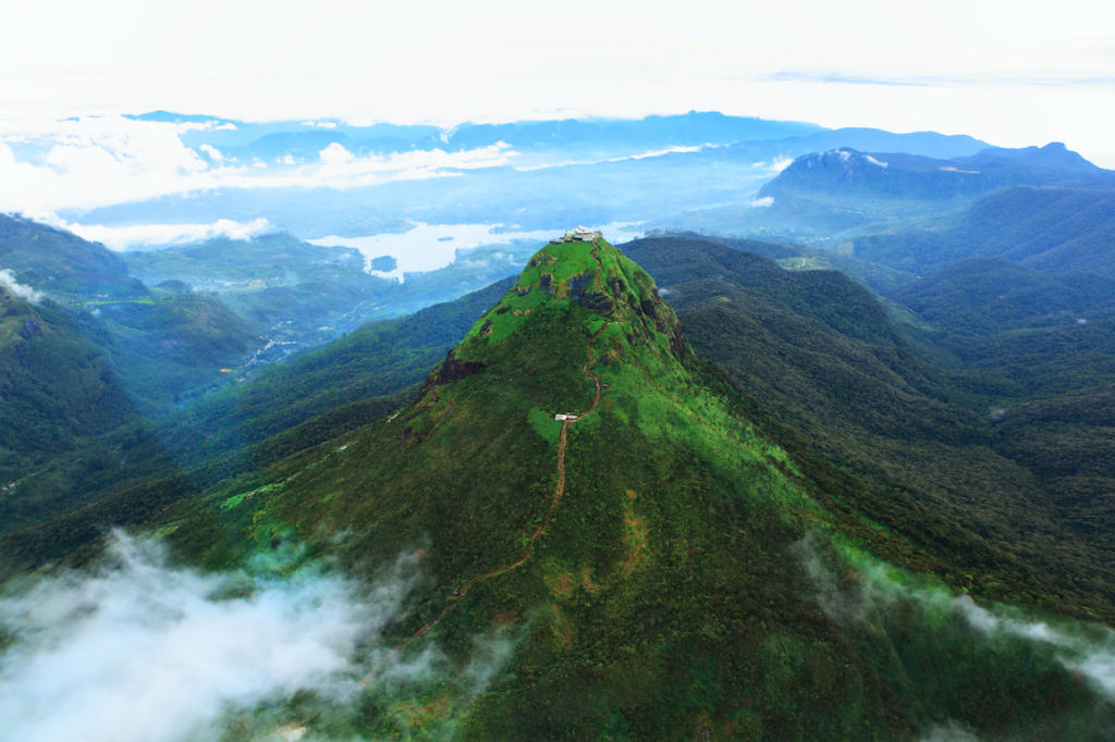 Why you should visit the highlands of Sri Lanka The Art of Travel Adams Peak